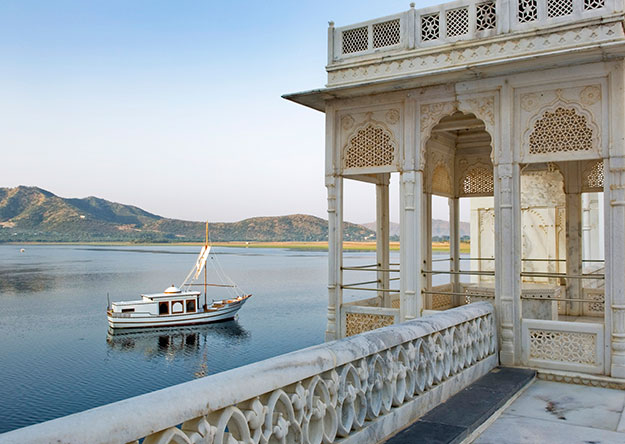 India Spa | Luxury India Travel | Jiva Spa | Taj Lake Palace | Ker Downey