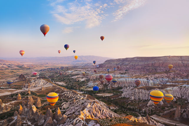 The Absolute Best Hot Air Balloon Experiences in the World