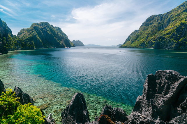 The Best Places to Travel in March - Luxury Philippines Travel - Ker Downey