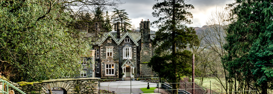 The-Forest-House-Luxury-England-Hotel-with-Ker-&-Downey