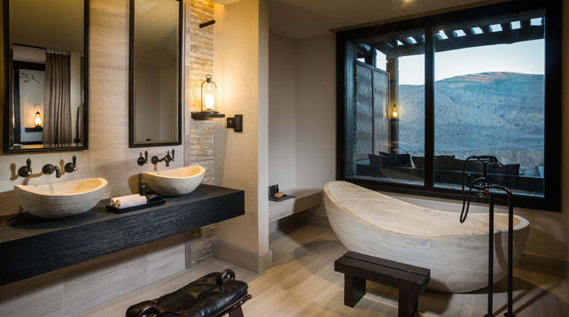 Bathtubs with a View - Luxury Travel - Ker Downey